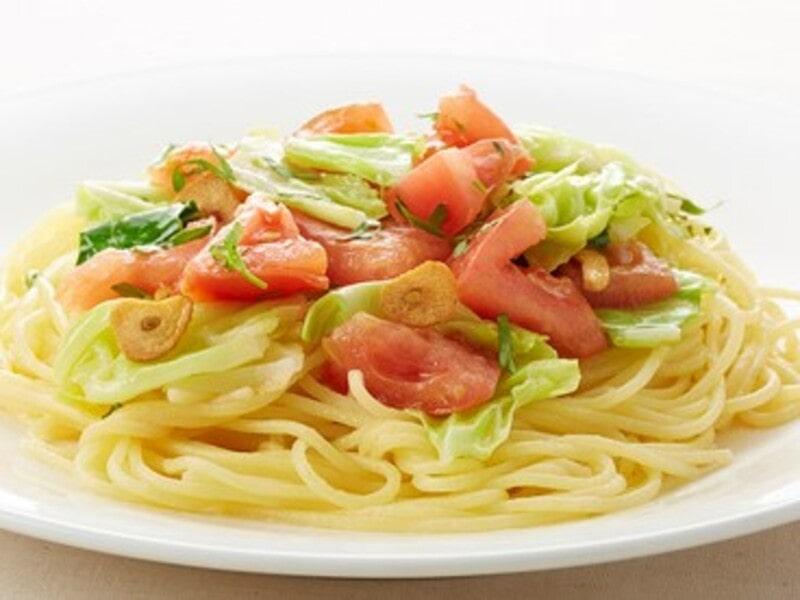 キャベツとフレッシュトマト、アンチョビのソースパスタ、スパゲティ