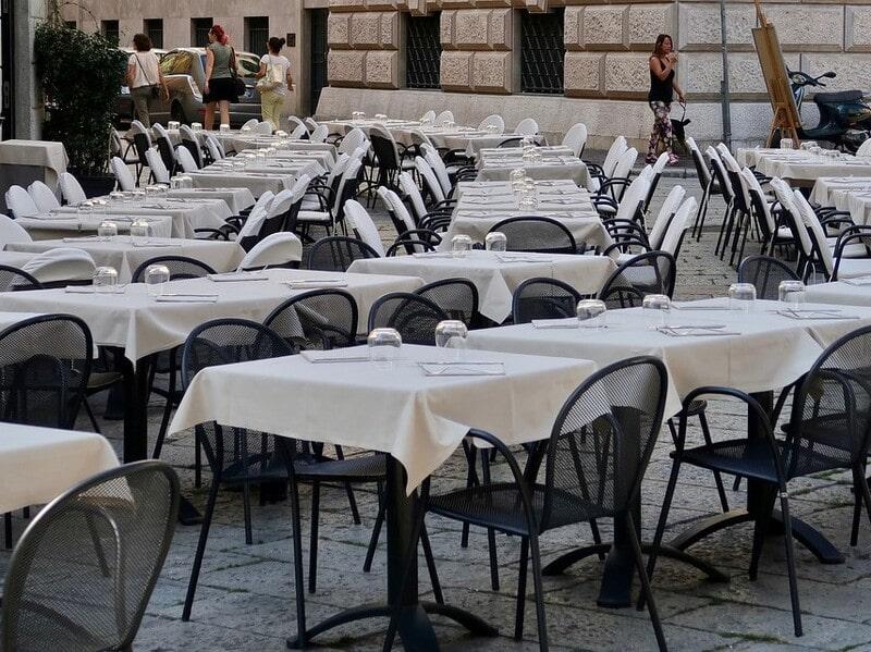 イタリアのレストラン画像