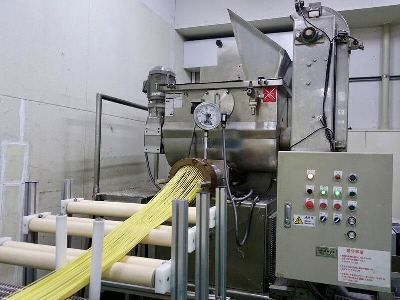 パスタの製麺機の写真